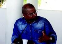 Vereador Cadinho solicita Operação Tapa Buracos nas ruas da sede do município