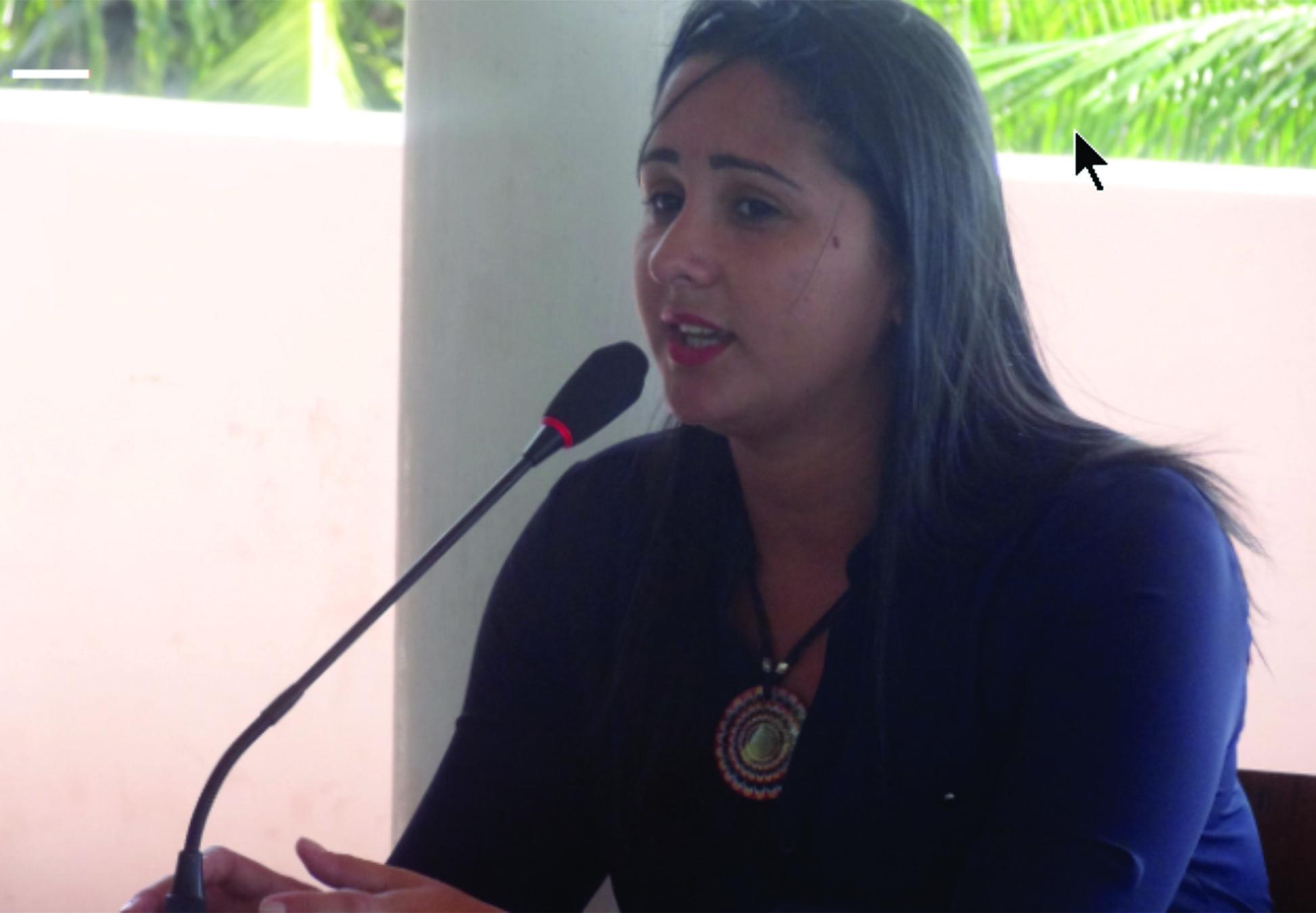 Vereadora Daia solicita construção, iluminação e implantação do transporte escolar para zona rural